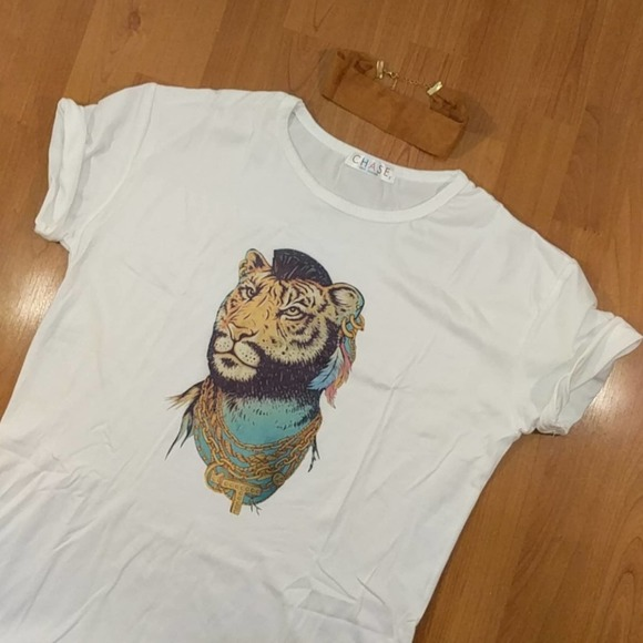 Graphic White T-shirt tiger Mr. T size M